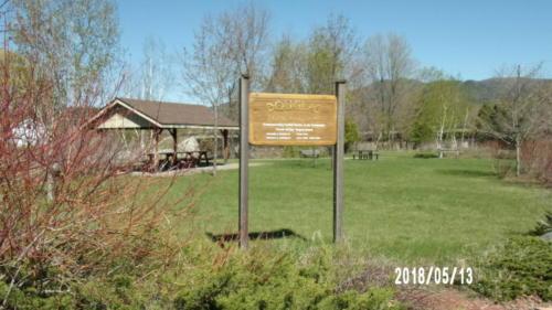 Douglas Memorial Park